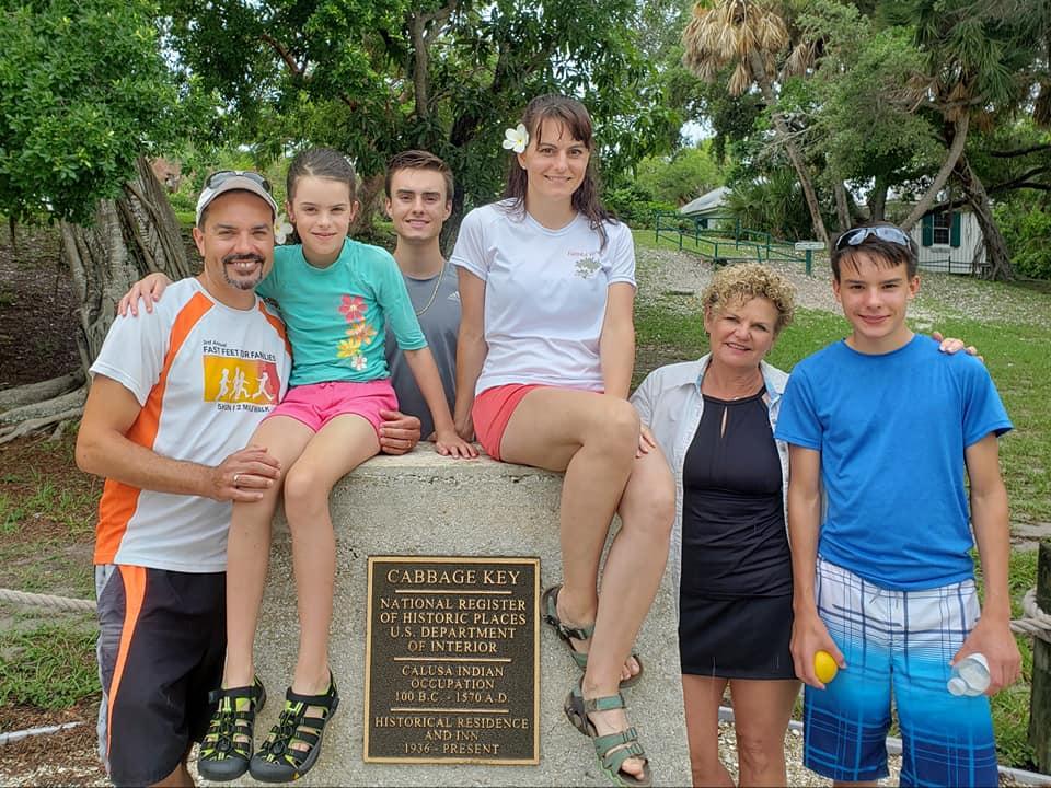 Explore Cabbage Key Family Boat Tour